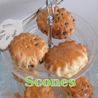http://www.danslacuisinedhilary.blogspot.fr/2015/10/scones-classiques-mais-si-gourmands.html