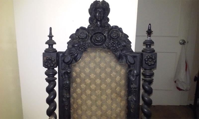 Cadeira assombrada, relatos sobrenaturais, assombração, fantasma, medo