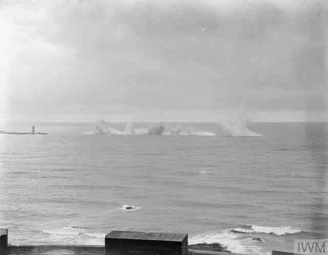 Exploding mines in Plymouth Sound, 24 November 1941 worldwartwo.filminspector.com