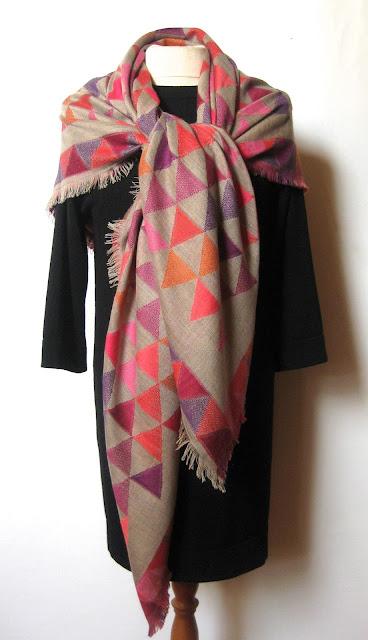 tørklæde i bomuld, uldtørklæder, bomulds tørklæder, sjaler, firkantet tørklæde, jane eberlein, samarkand.dk, throw, uld tørklæde
