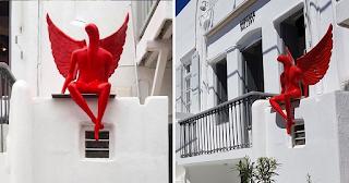 Υπάρχει και 2ος «κόκκινος άγγελος» σαν του Π. Φαλήρου και ήταν στην Μύκονο
