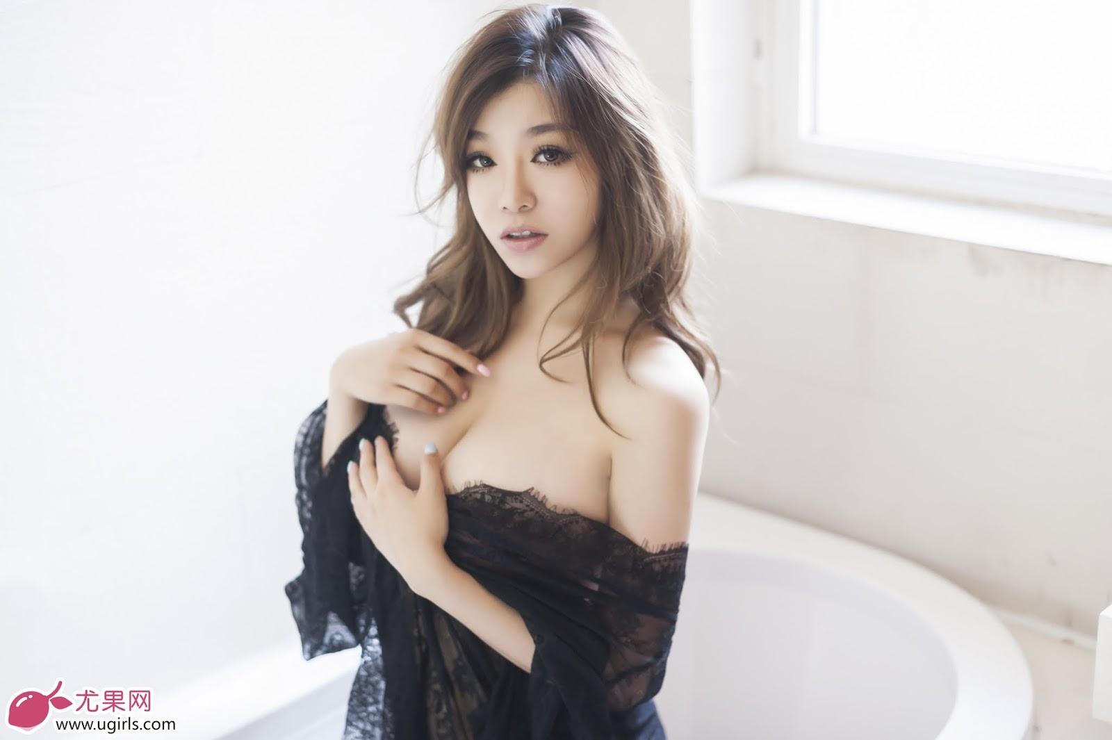 Hot Girl Ugirls No.022 Model: 刘娅希 Big Tits