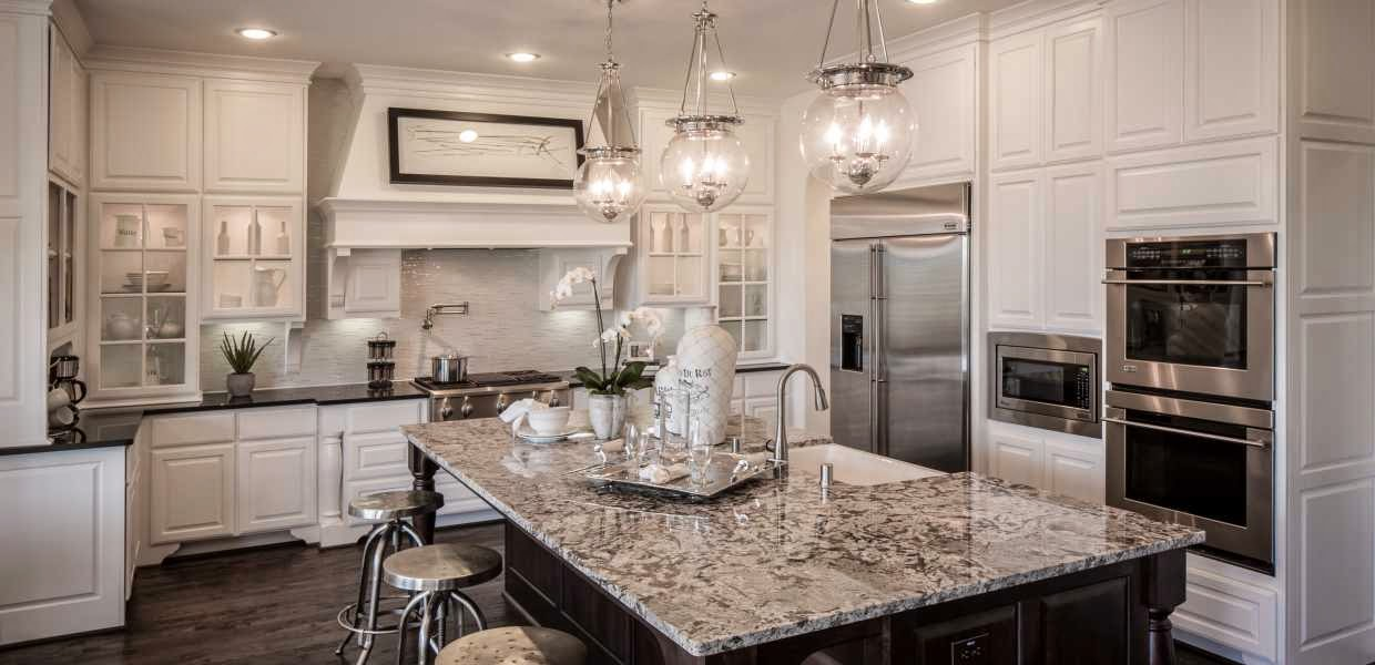 Classic style home new homebuilding trends - Model homes near me ...