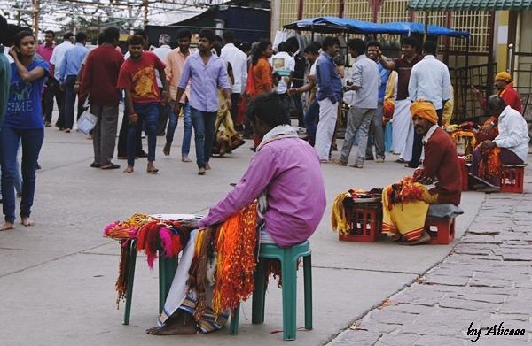 ate-sfinte-India