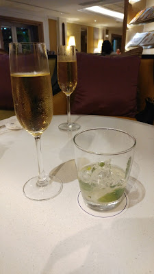 Sparkling wine and mojito, Dusit Thani Bangkok Club Lounge