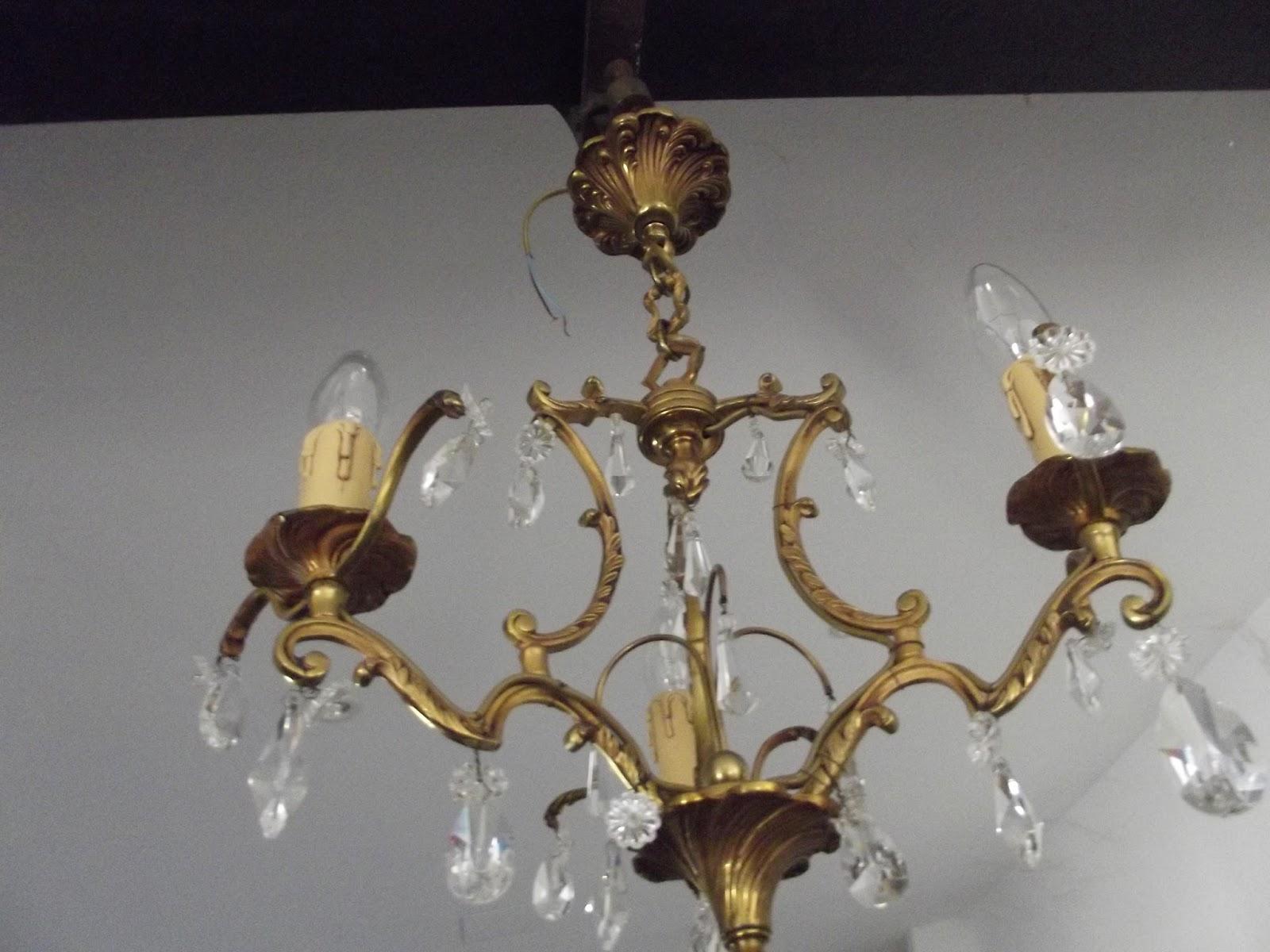 ancien petit lustre cage bronze a pampilles pendeloques suspension cristal verre ebay. Black Bedroom Furniture Sets. Home Design Ideas