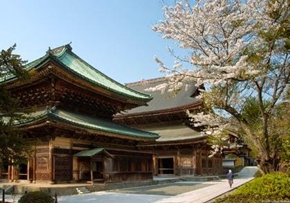 วัดเซนโคจิ (Kenchoji Temple)