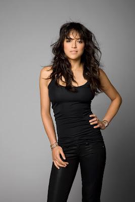 Michelle Rodriguez Sebagai Letty jeans ketat