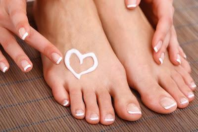 Comment faire le traitement de l'aspirine pour enlever les callosités des pieds?