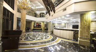 Lilygate Hotel entrance hall
