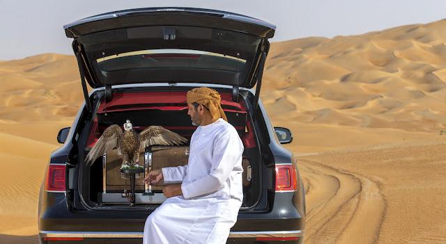 中東の王族向け?ベントレーから鷹狩り専用の贅沢なアクセサリー「ベンテイガ・ファルコンリー」が登場。