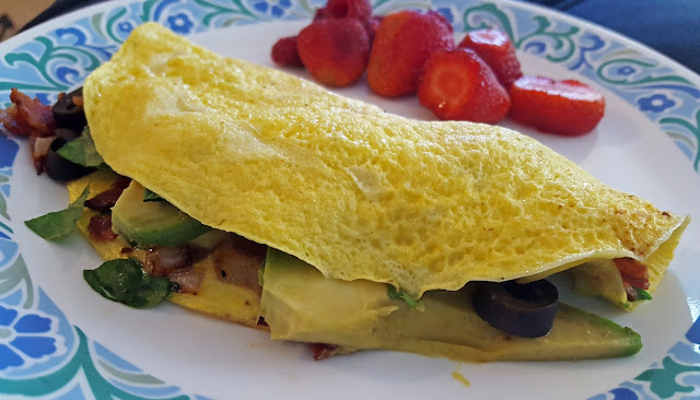 low carb avocado bacon omelet