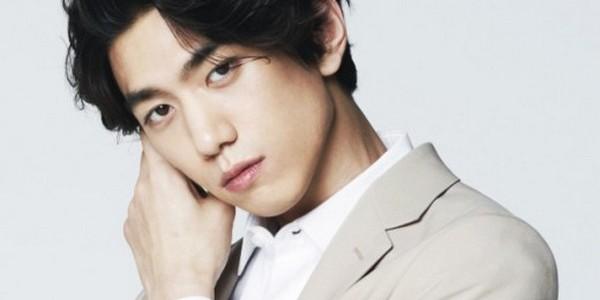 """Sung Joon terima tawaran tim produksi drama untuk membintangi peran utama pria """"Perfect Wife""""."""