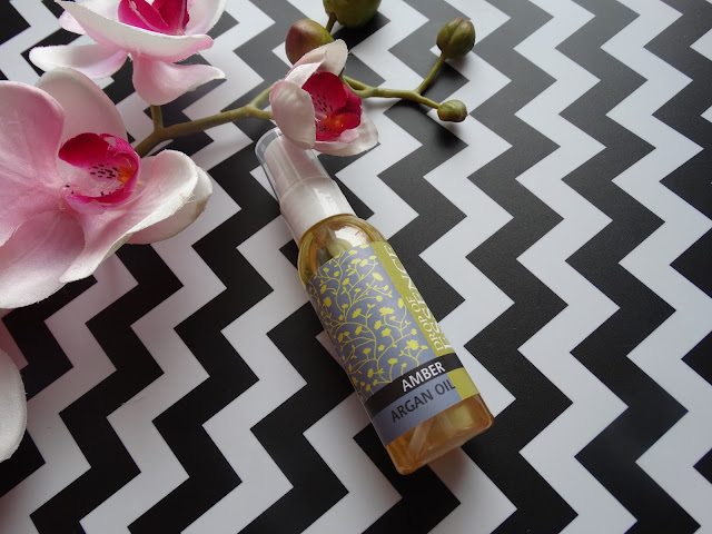 Naturalne perfumy? Olej arganowy o zapachu Ambry