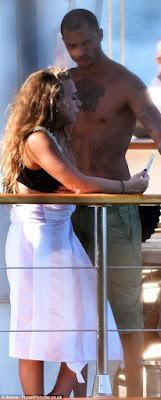 1k - Hot Felon, Jeremy Meeks leaves wife for Top Shop billionaire heiress Chloe Green