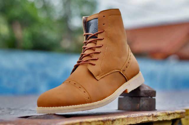 Kado Sepatu Pria