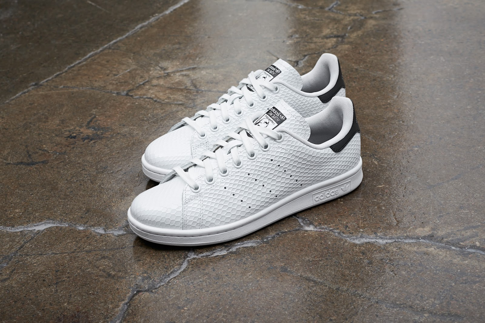 best sneakers 49997 a77bd Offered in the original white green colourway and a complementary  white black edition, it s a slick iteration of the casual classic with a  tasteful feminine ...