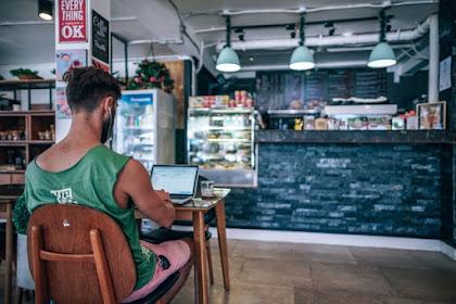 7 Cara Menghasilkan Uang dari Internet Untuk Pemula! Siapa Aja Bisa