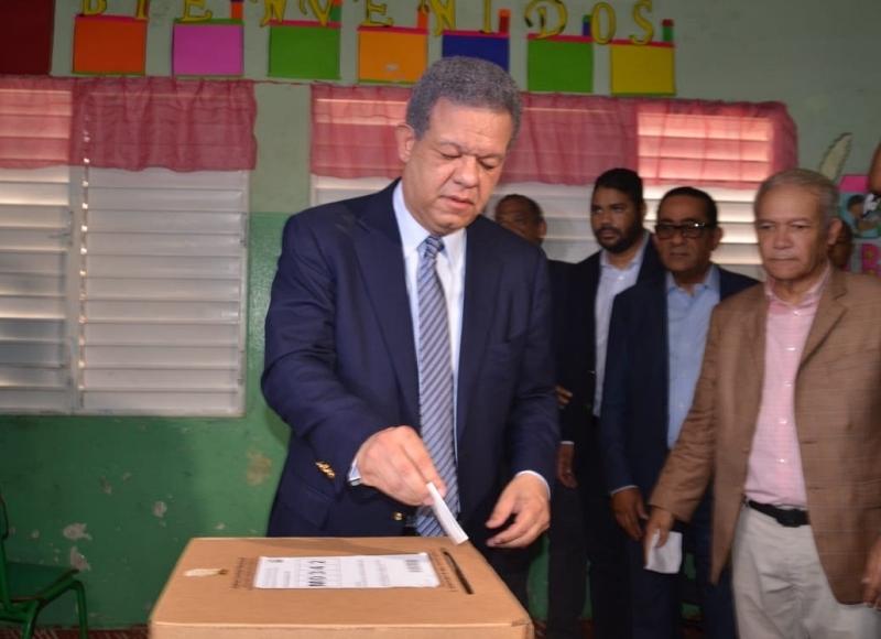 Leonel califica como positivo alta participación popular a favor de su candidatura