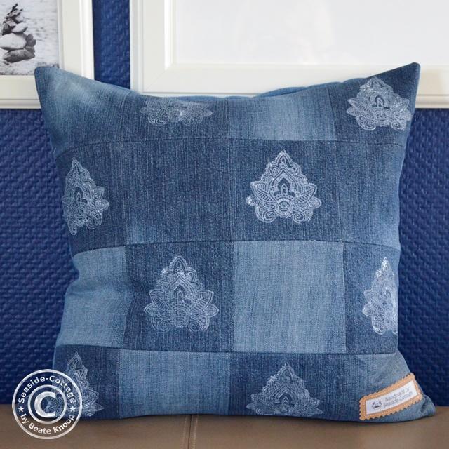 seaside cottage upcycling diy boho kissen aus alten jeans. Black Bedroom Furniture Sets. Home Design Ideas