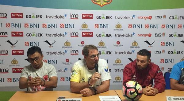 Marc Klok Sebut Pertandingan Lawan Bhayangkara FC seperti Lelucon, Kenapa?