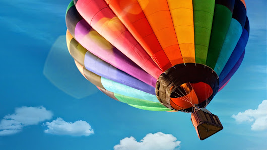 Colorfyl Hot Air Balloon ~ HD Wallpaper