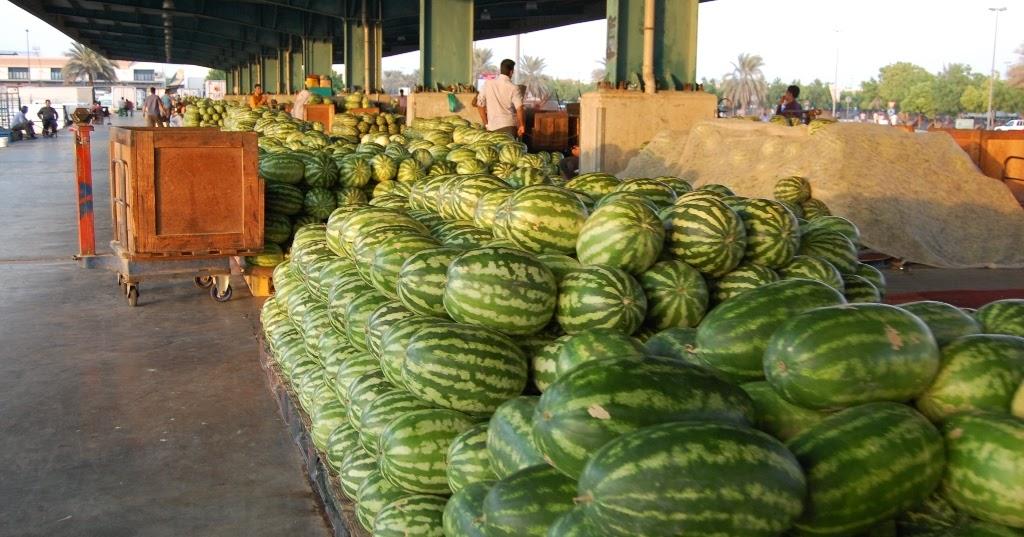 dinodxbdino: FRUIT & VEGETABLE MARKET, AL AWEER, DUBAI, UAE