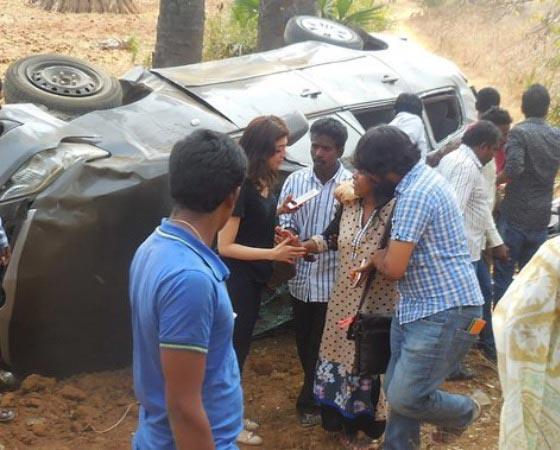 Actress Pranitha Car in Road Accident