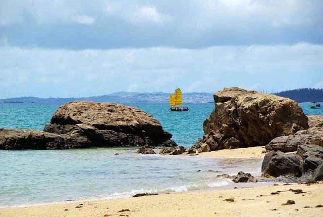 sabani sailing boat races as Ginoza, Okinawa