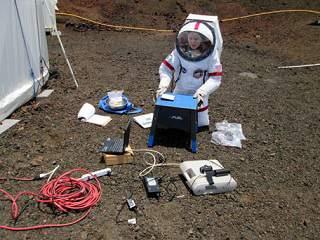 Ilmuwan Melakukan Simulasi Hidup di Mars