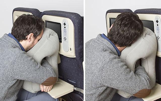 Tips Mudah Untuk Cepat Tidur di Pesawat Saat Perjalan Malam Hari
