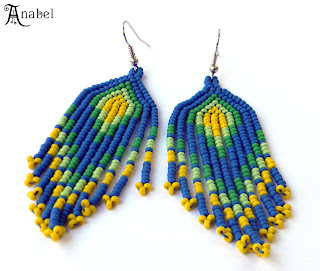 яркие этнические серьги купить украшения из бисера ручной работы