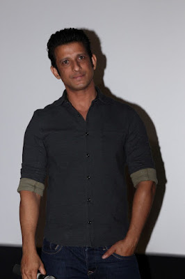 sharman-joshi-eagerly-waiting-to-work-on-3-idiots-sequel