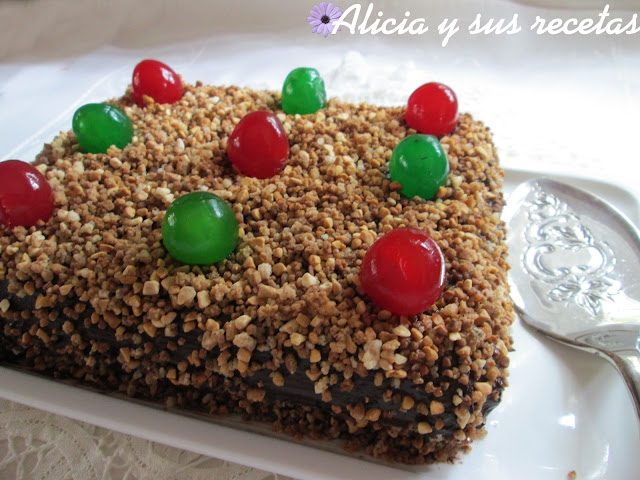 TARTA DE GALLETAS Y CHOCOLATE DE LA TÍA MAMI