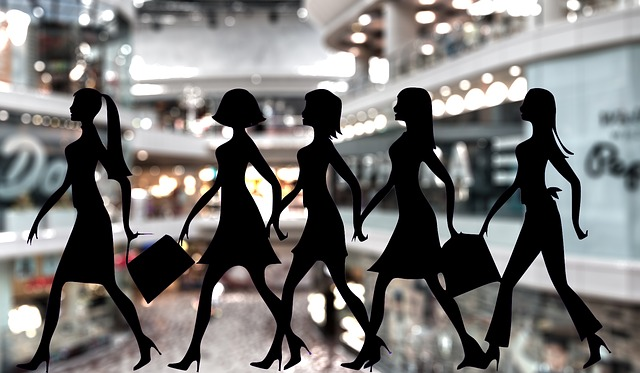 mercadillos, compras, puestos, artesanías, moda, bricomoda, consejos