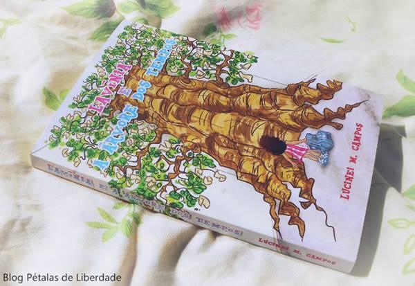 """Resenha, livro, """"Lavínia e a Árvore dos Tempos"""", Lucinei M. Campos"""