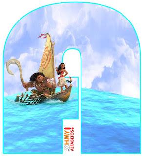 Moana Navegando en el Mar.