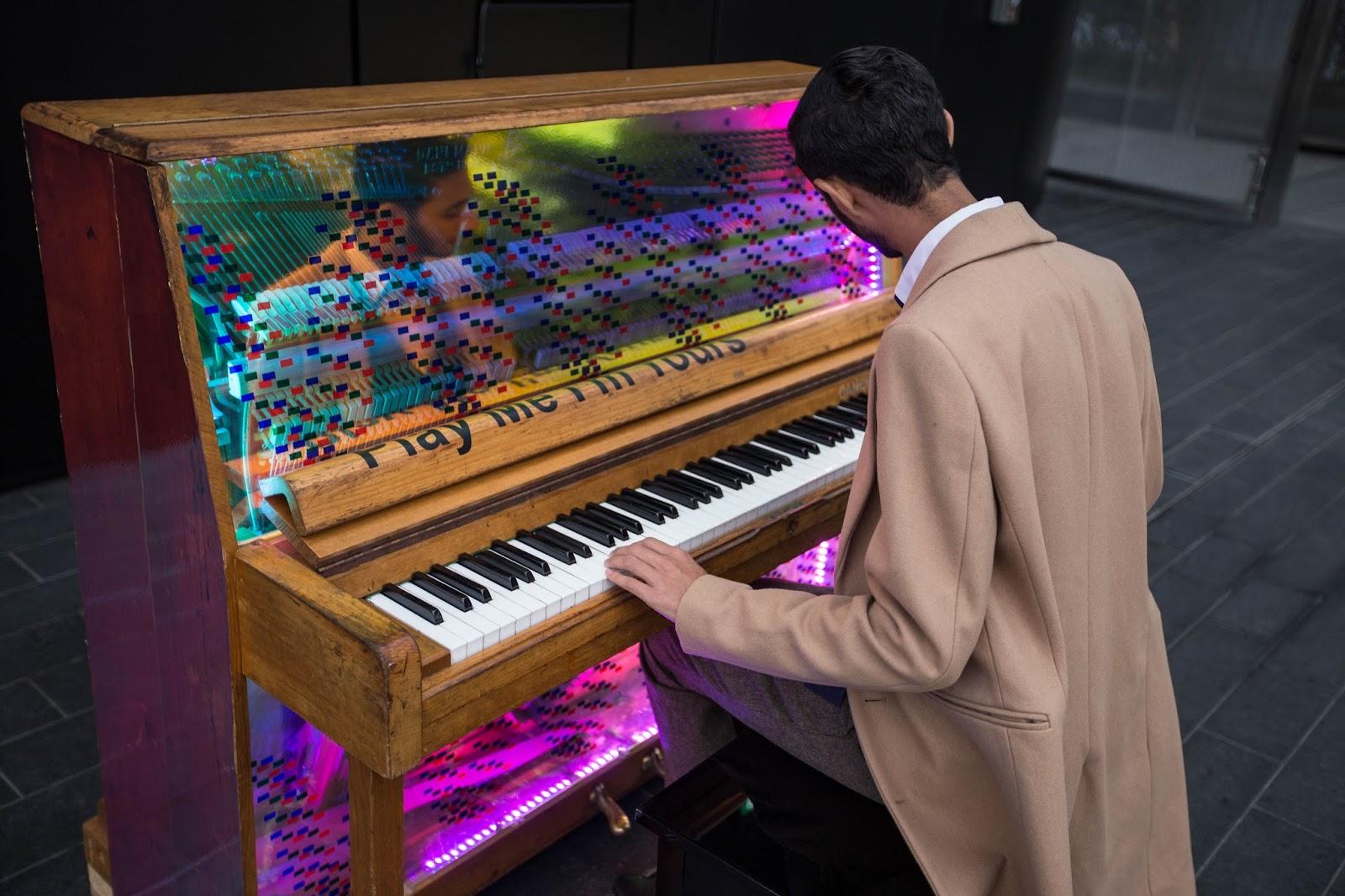 Salman Dean Canary Wharf Piano