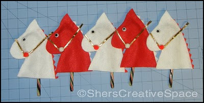 hobby horse candy cane cover, hobby horse tutorial, hobby horse ornement tutorial, free hobby horse ornament tutorial,christmas ornament tutorial, ornament tutorial, christmas tutorial, free christmas tutorial, free Christmas ornament tutorial, sewing pattern, sewing tutorial, blog tutorial, craft tutorial, free pattern, free tutorial