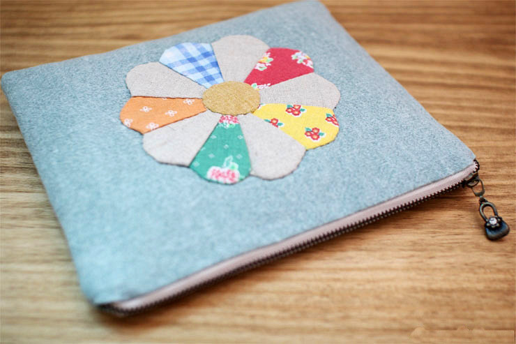 Patchwork Zipper Pouch Cosmetic Case Makeup Bag. DIY Tutorial in Pictures.