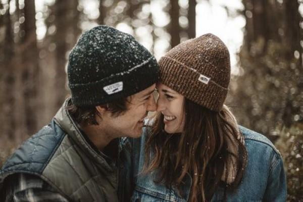 5 Cara Agar Pasangan Tidak Pernah Bosan Bersamamu