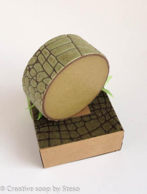 rimmed soap - Creative soap by Steso