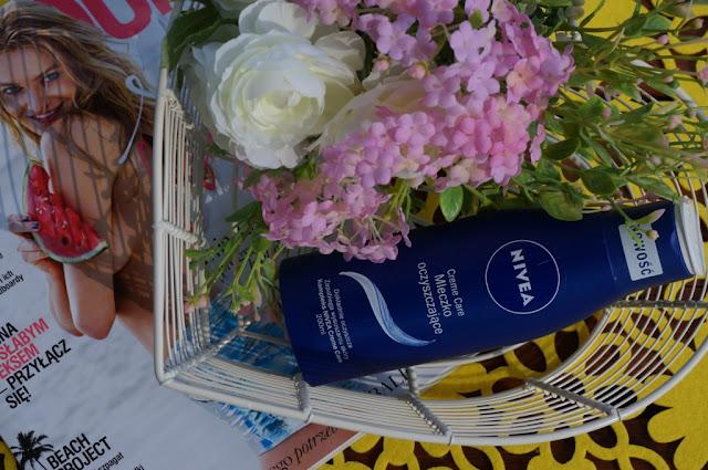 Kremowe oczyszczanie twarzy z Nivea Cream Care