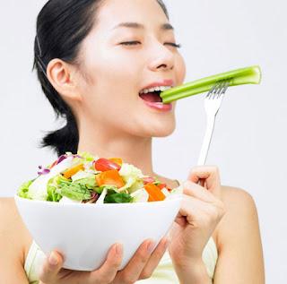 Chế độ ăn uống giảm béo bắp tay và vai cho chị em