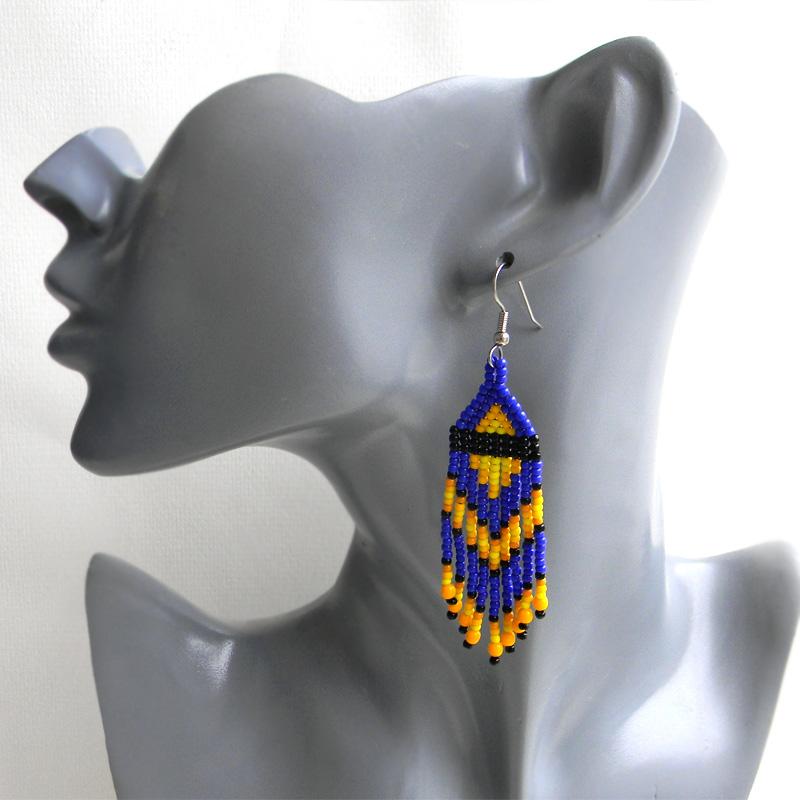 Яркие серьги из бисера - синий / желтый / черный