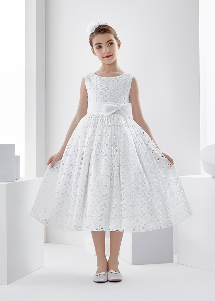 Sleeveless Bateau Neck Tea Length Lace First Communion Dress With Bow