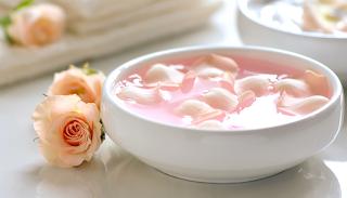 5 dolog, amire használhatod a rózsavizet