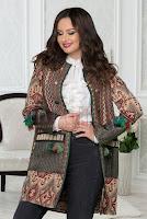 Jacheta eleganta dama accesorizata cu ciucuri