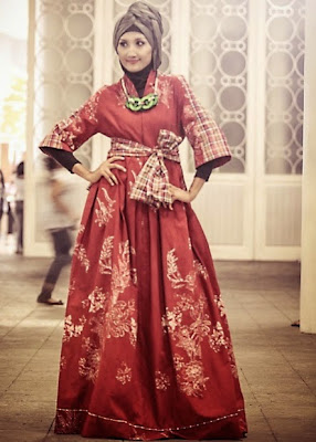desain baju pesta muslim