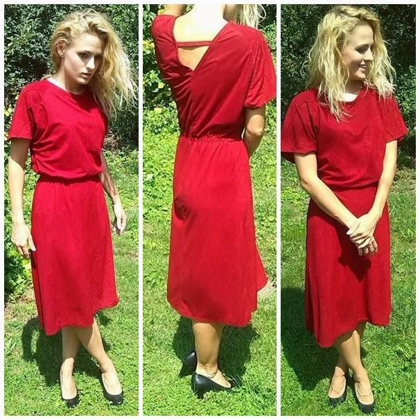e4a5ef75dd A piros ruhát nagymamám anya és apa esküvőjén viselte, így még érdekesebb  volt felvennem. Az anyagával viszont nem vagyok kibékülve, kicsit műszálas.